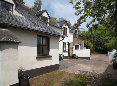 self catering cottages near dartmoor
